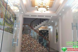 Bán nhà đường Lâm Văn Bền 3 Lầu